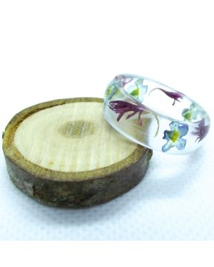 Pink cornflower and forget me not oval resin ring