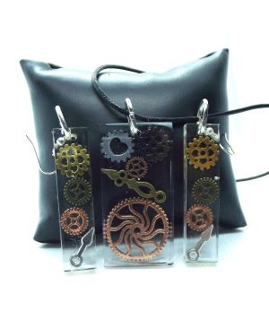 Steampunk cogs earrings and pendant set