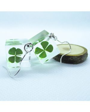 Four-Leaf Clover cube earring