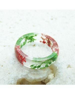 Real green and red flower resin ring