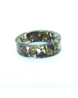 Gold antique resin ring