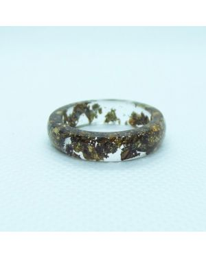 Gold antique oval resin ring