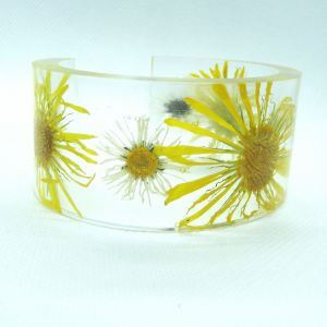 Clear resin bangle with real wildflowers