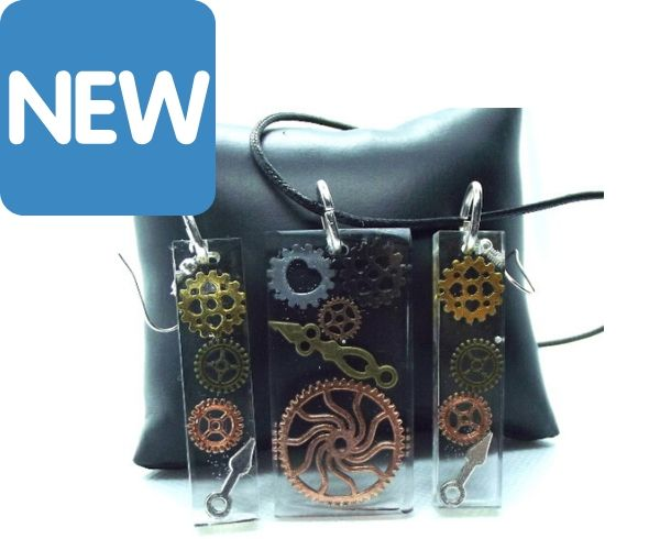 Steampunk cogs pendant and earring set
