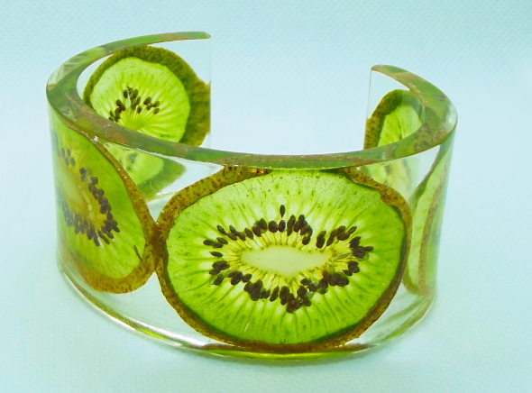 kiwi fruit in resin bangle